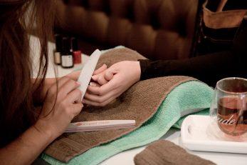 Cryo Beauty Hub Manicure